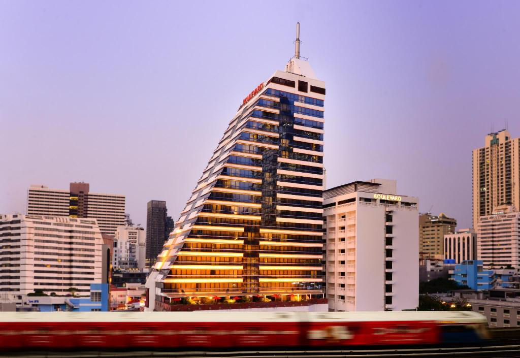 Boulevard Hotel Bangkok Sukhumvit Thailand Ab 71 Agoda Com