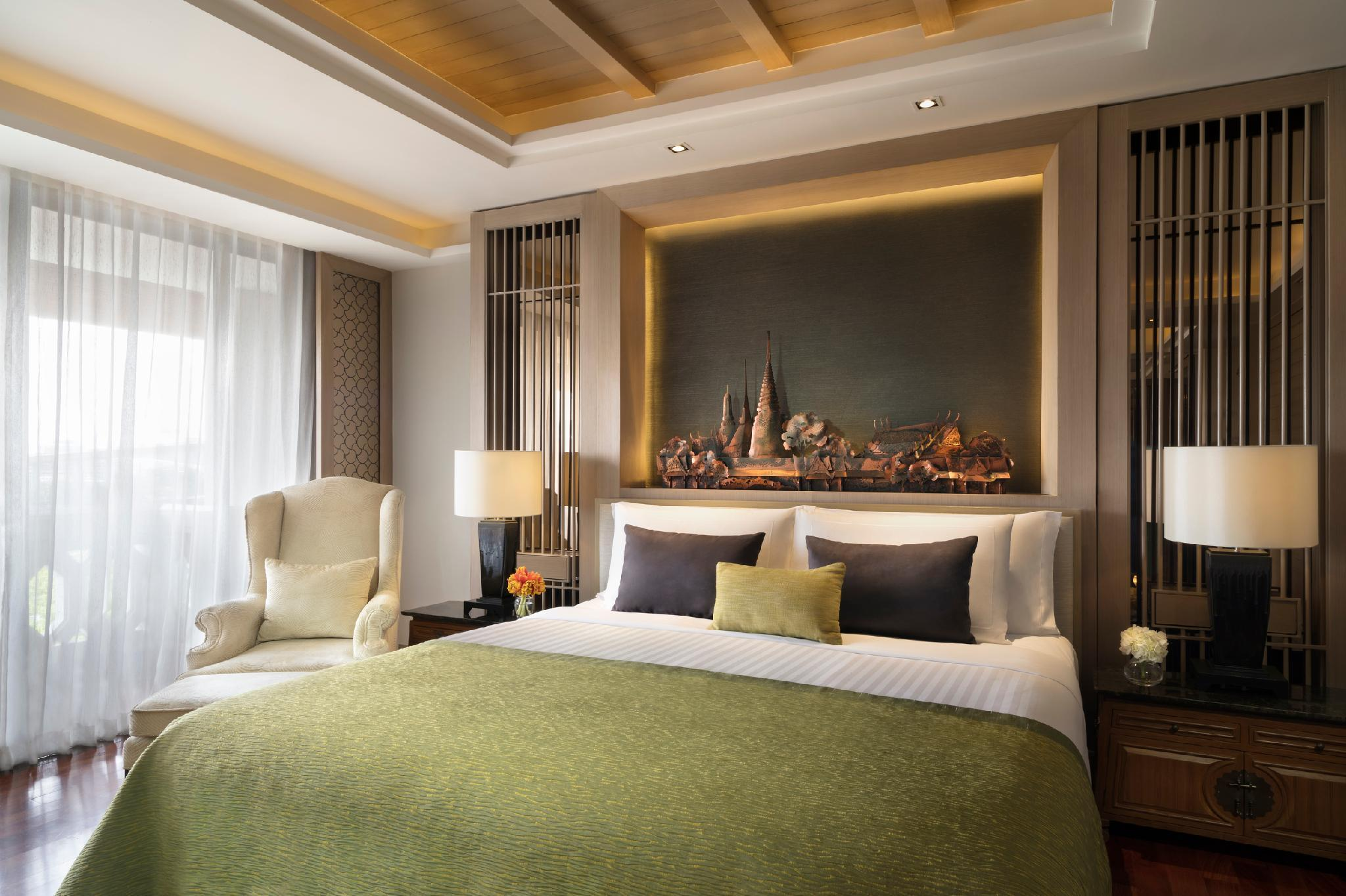 Two Bedroom River View Chao Phaya Suite with Suite Experience