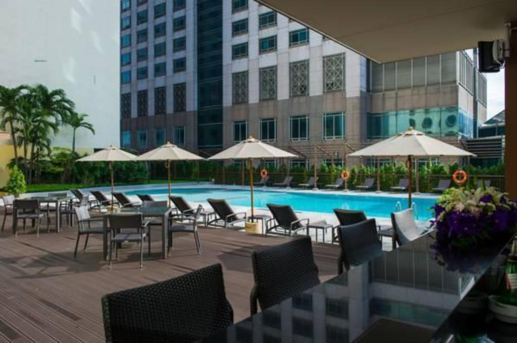 Holiday Inn Bangkok Silom In Thailand Room Deals Photos Reviews