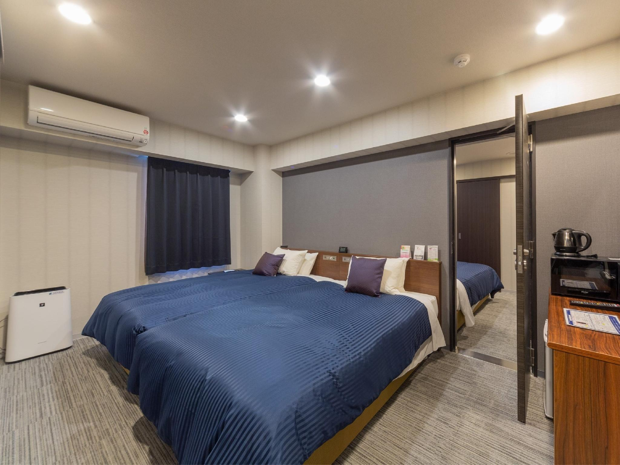 Connecting Twin Room (Semi-double Beds)
