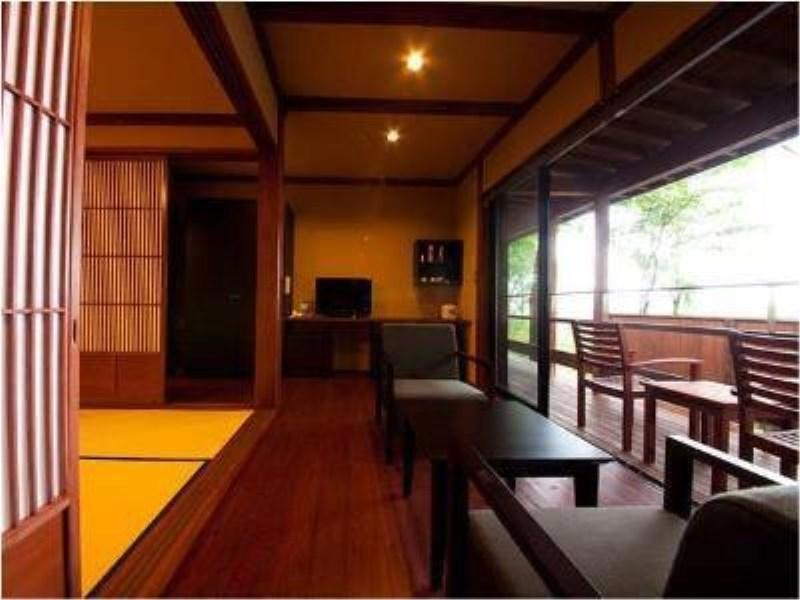 蕨 獨立和式房 (Detached Taisho Roman Taste Twin Villa with Semi Open-air Bath (Warabi Type))