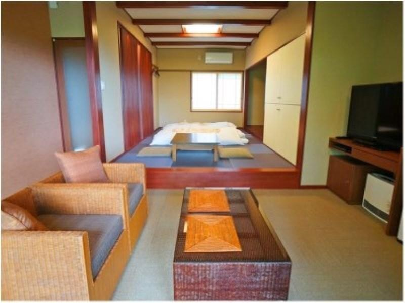 別邸湯無田 花梨 獨立房(和式房) (Karin Detached Japanese-style Room with Semi Open-air Bath)