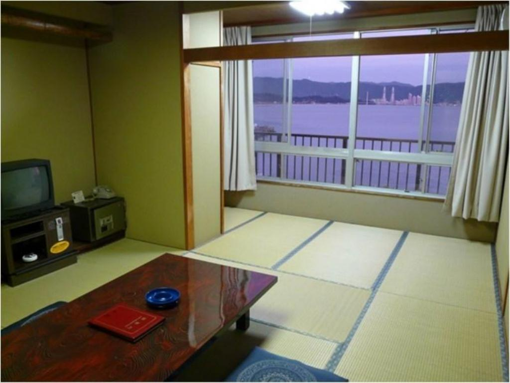Room Shinwaka Lodge