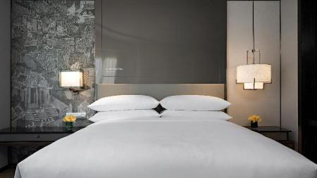 Deluxe, Guest room, 1 King or 2 Twin/Single Bed(s) - Bed JW Marriott Hotel Bangkok