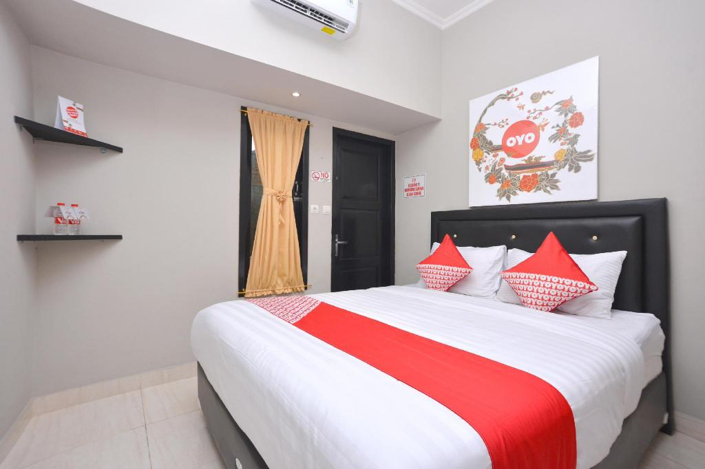 Pucuk Matahari Family Guesthouse Solo (Surakarta) | PROMO TERBARU 2020 ,  Foto HD & Ulasan