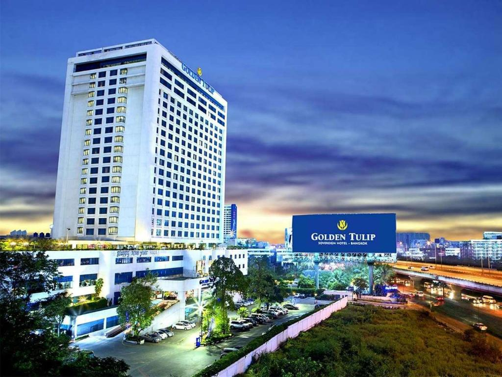 Повече за Golden Tulip Sovereign Hotel Bangkok