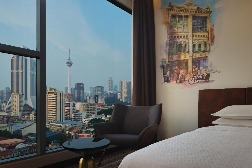 Premier Downtown Twin, Guest room, KLCC & KL Tower view - Bed