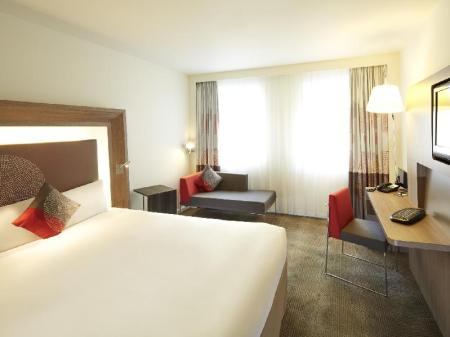 Executive Premium Queen Novotel London West Hotel