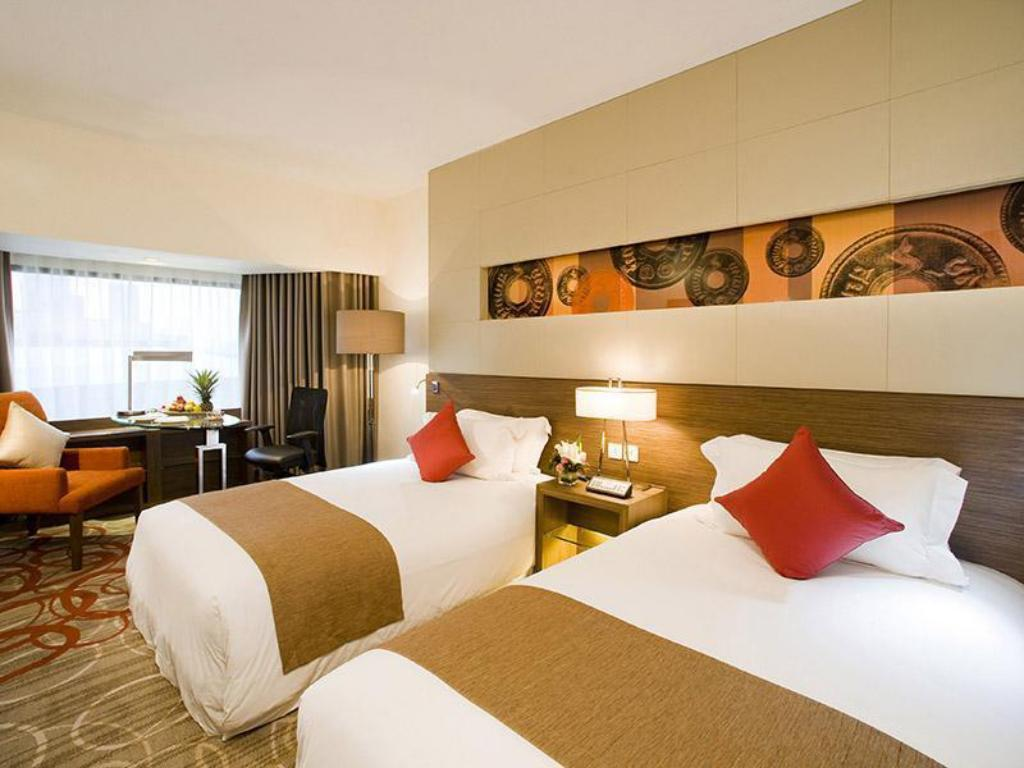 Deluxe - Bed Centara Grand at Central Plaza Ladprao Bangkok