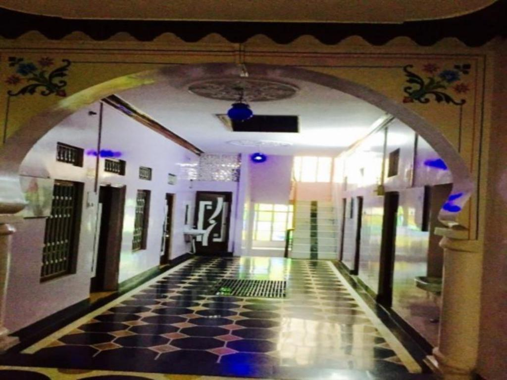 Interior view Hotel Shakti Palace