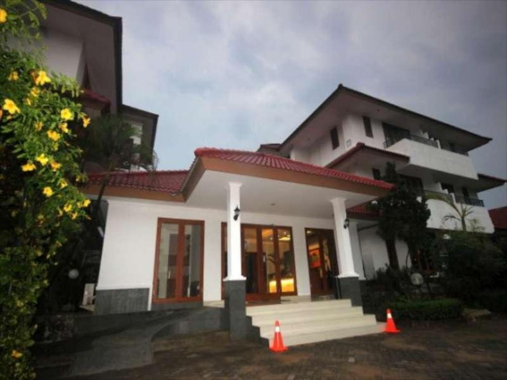 Cilegon City Hotel In Banten Room Deals Photos Amp Reviews