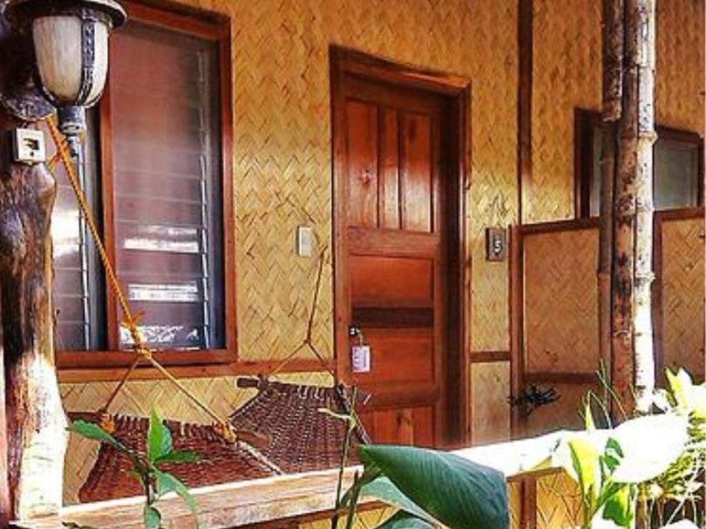 Island Front Cottages El Nido Palawan Room Deals Photos