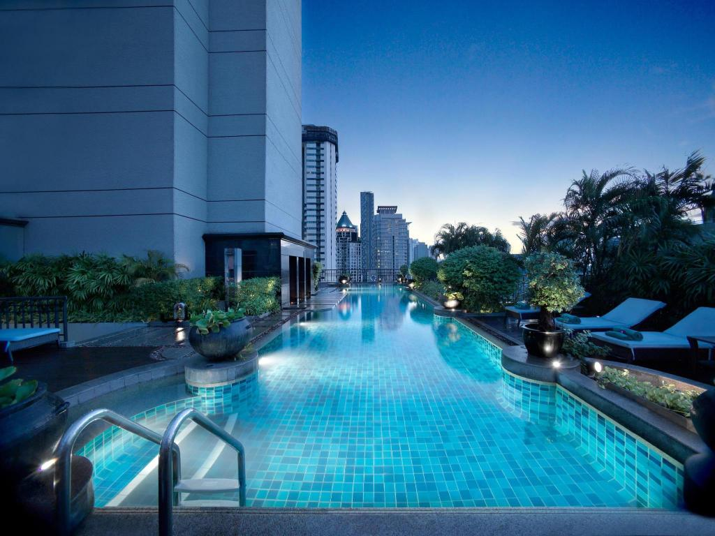 Swimming pool [outdoor] Banyan Tree Bangkok