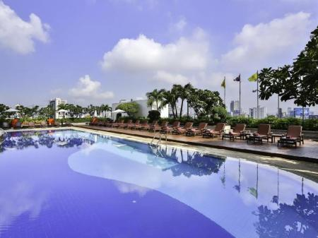 Swimming pool [outdoor] Eastin Hotel Makkasan