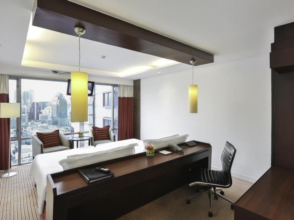 Eastin Hotel Makkasan in Bangkok - Room Deals, Photos & Reviews