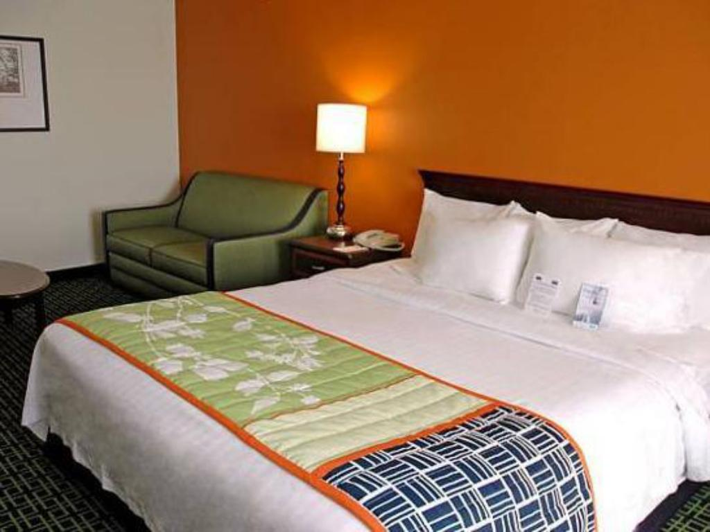 See all 7 photos Fairfield Inn Kansas City Downtown/Union Hill