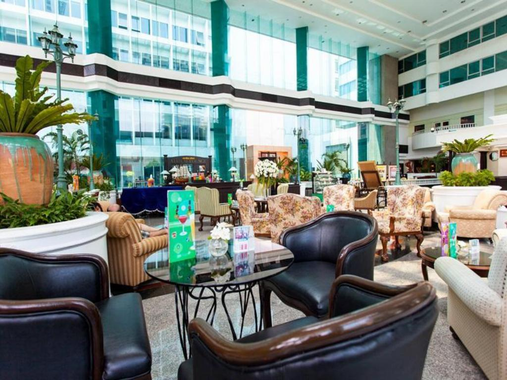 Empfangshalle Hotel Windsor Suites & Convention