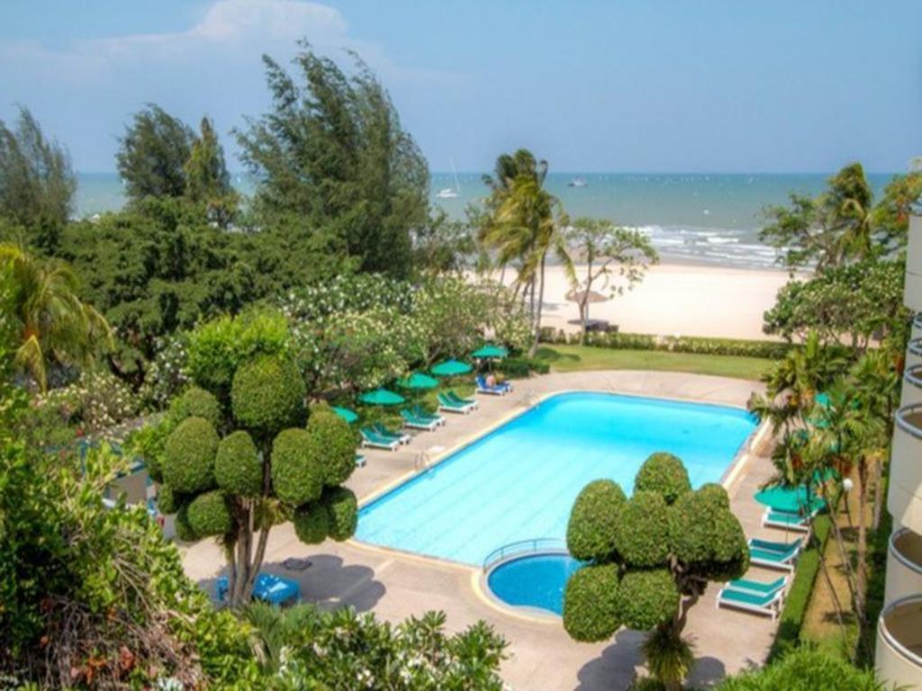 Best Price on Beach Garden Hotel Hua Hin - Cha-Am in Hua Hin / Cha ...