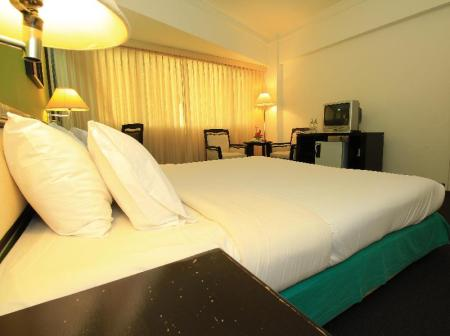 Standard Double Room Chiangmai Hill 2000 Hotel