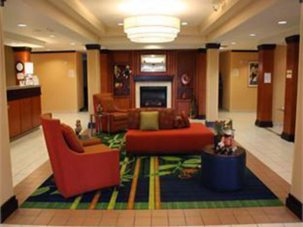 Lobby Fairfield Inn & Suites Bentonville Rogers