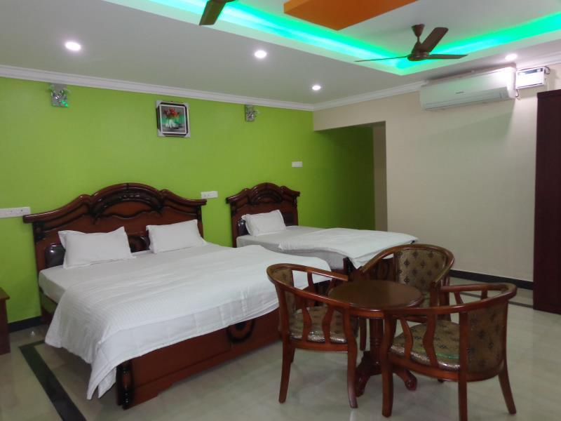 Triple - 1 Double Bed + 1 Single Bed with bathroom