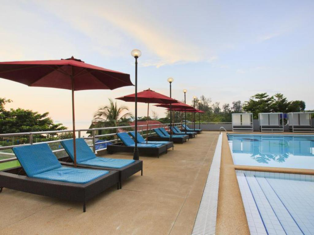 Pool Blue Wave Hotel Hua Hin