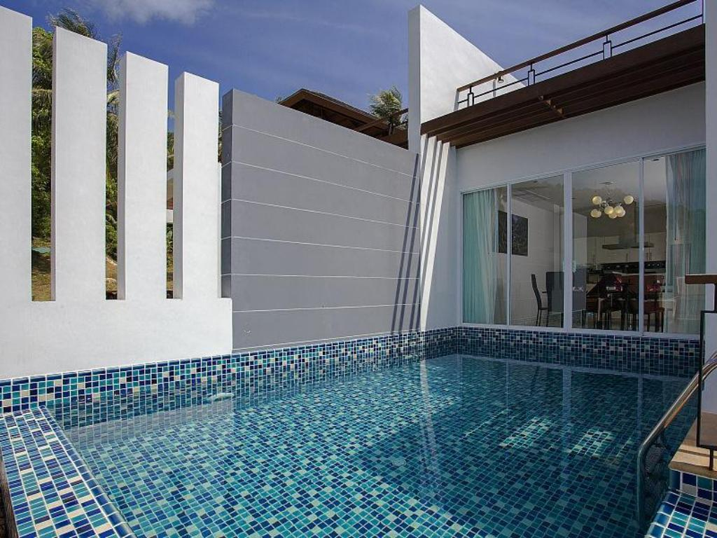 Swimming pool Kata Horizon Villa B1