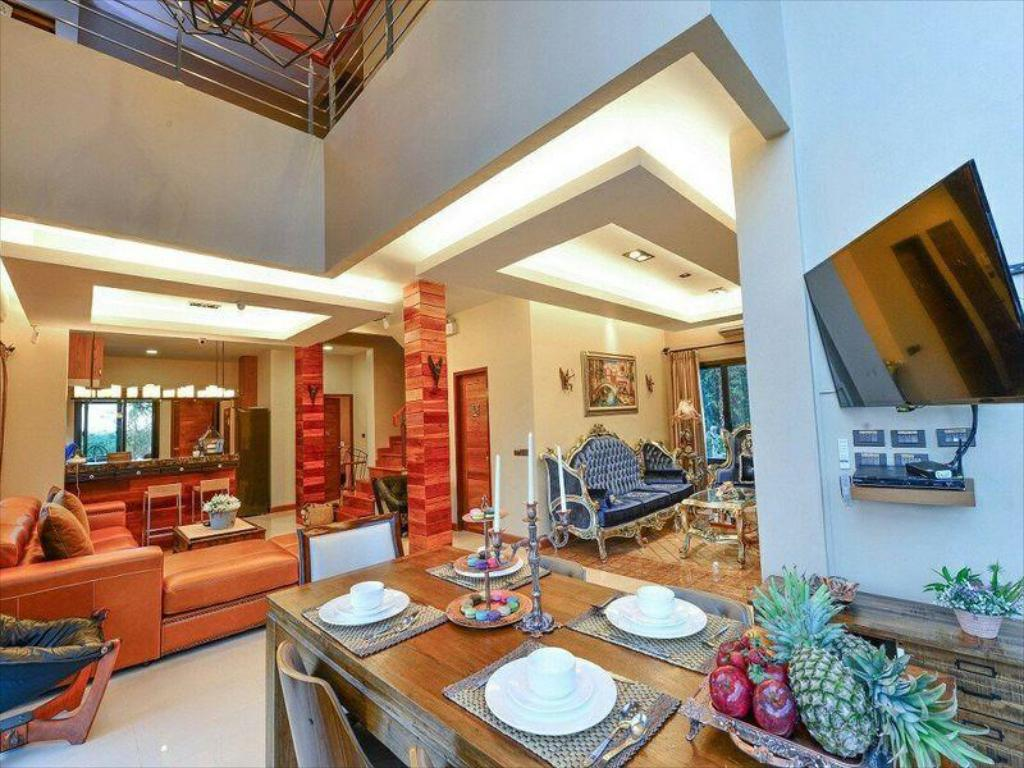 Villa, Executive lounge access, 6 Bedroom Villa, Pool access The Air @ KhaoYai