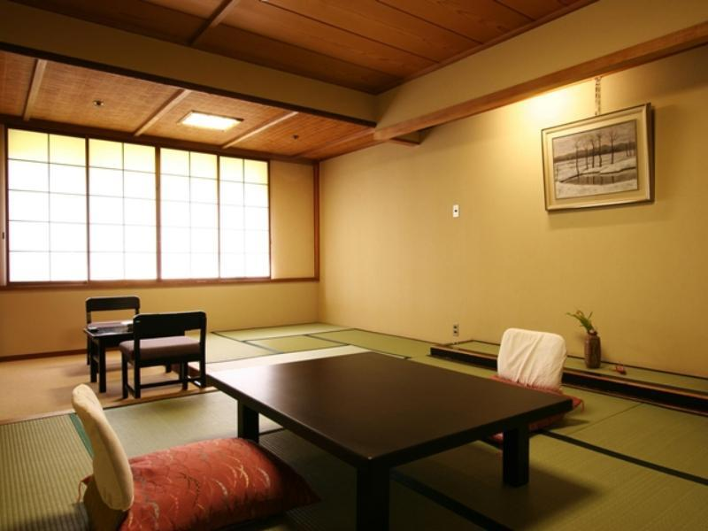 日式房(兩床) (Japanese Twin Room)