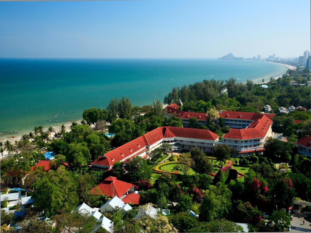 Centara Grand Beach Hotel Hua Hin
