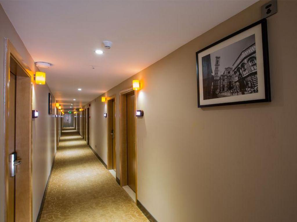 Interior view 7 Days Inn Yangjiang Yangxi Pedestrian Street Branch