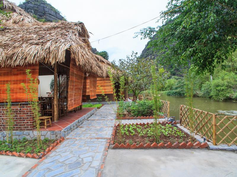 Bungalo Family (Family Bungalow)