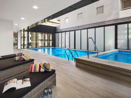 Swimming pool Quest St Leonards Apartments
