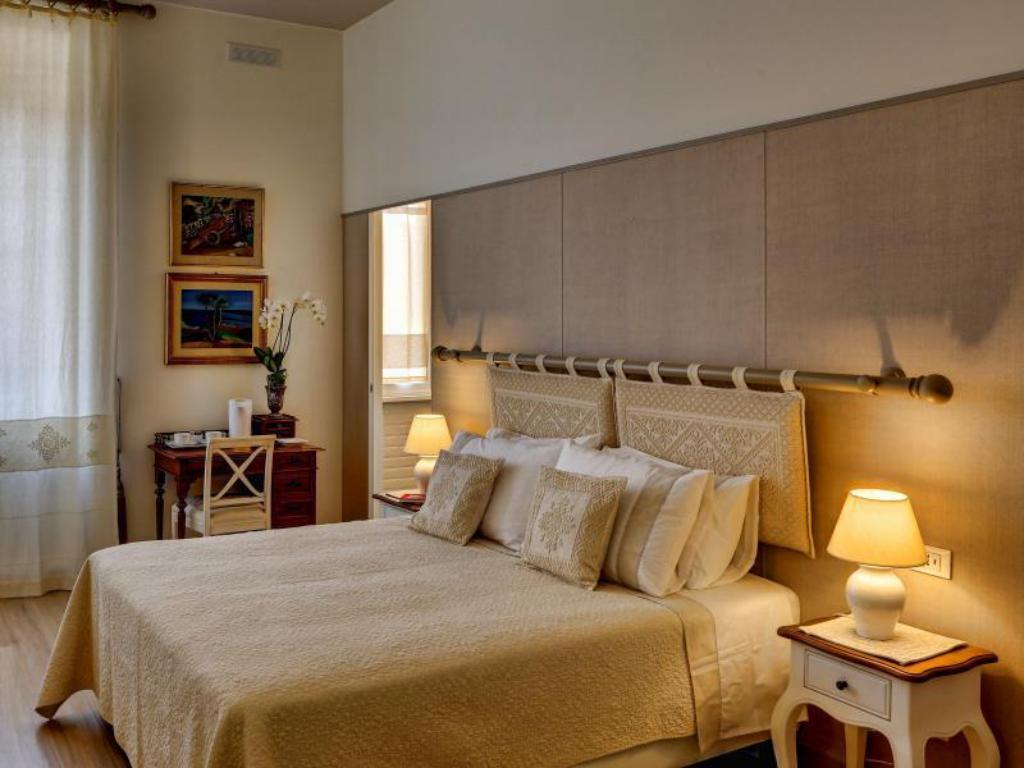 Casa sotgiu guest house in rome room deals photos reviews for Casa fabbrini guest mansion roma