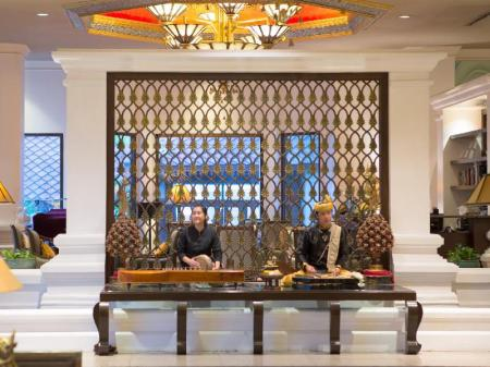 Chiang Mai Plaza Hotel In Thailand Room Deals Photos Reviews
