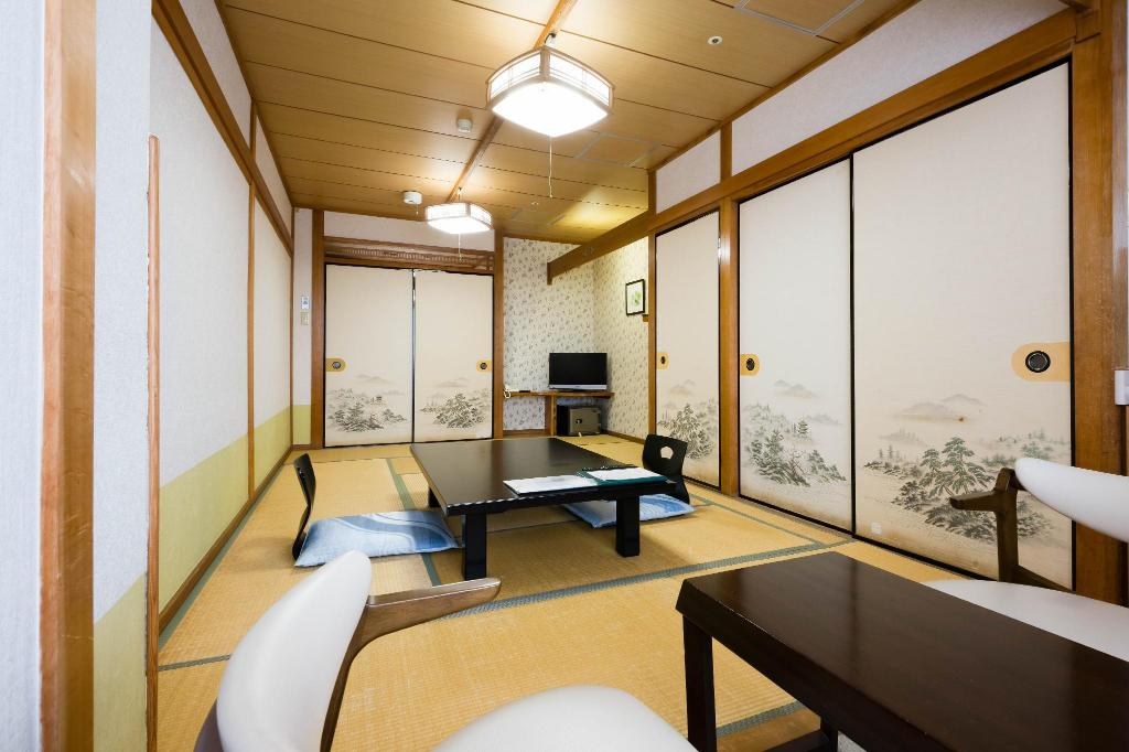 Japanese Style with Shared Bathroom - Guestroom Hagi Kanko Hotel