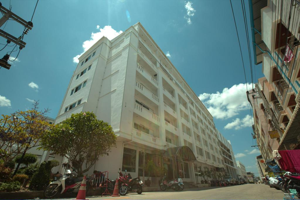 More about G9 Hotel Danok