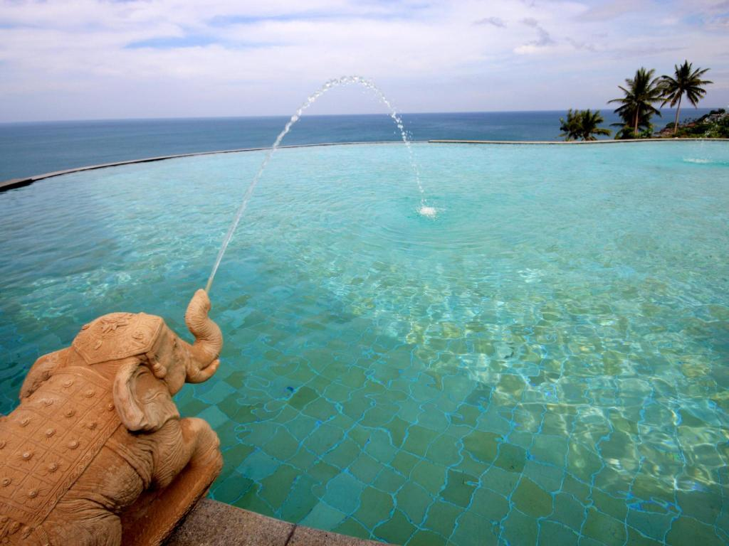 Swimming pool Samui Bayview Resort & Spa