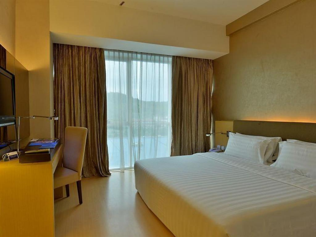 Superior - King Bed The Klagan Regency Hotel