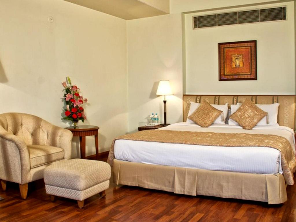 Standard Air Conditioning King Bed - Suite room Clarion Bella Casa Jaipur