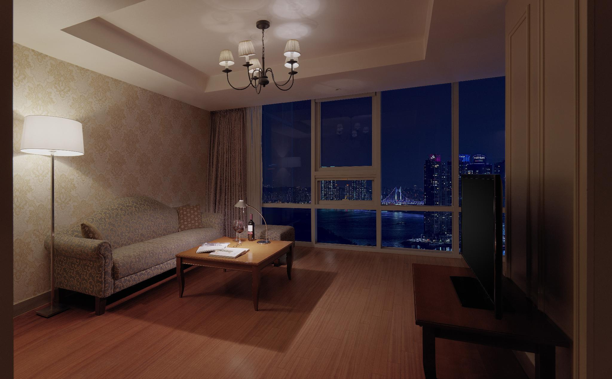 Executive Suite Sea View