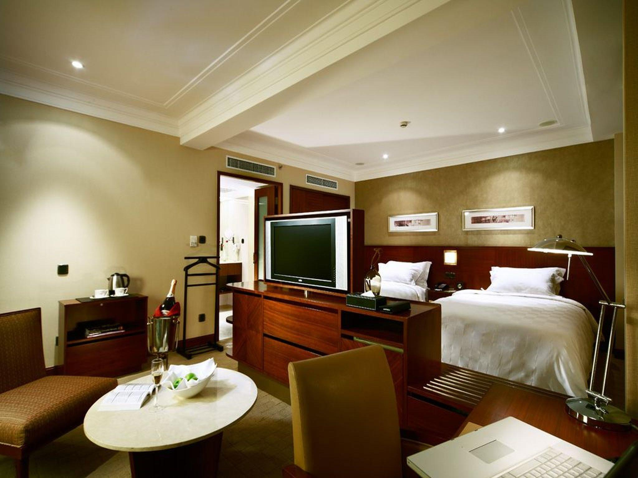 Holiday Package - Standard Double or Twin Room