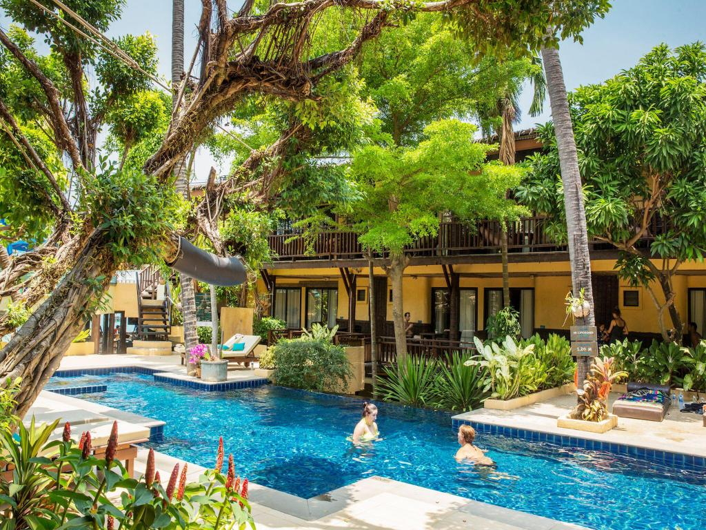 Swimming pool [outdoor] Phra Nang Inn by Vacation Village