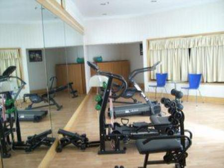 Fitness center Qinda Hotel