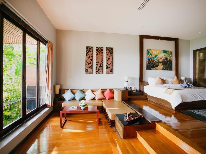 Grand Thai with Spa Bath And Private Pool