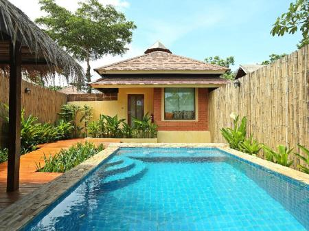 Privaatse basseiniga Honey villa Chicchill @ Eravana, Pool Villa Pattaya