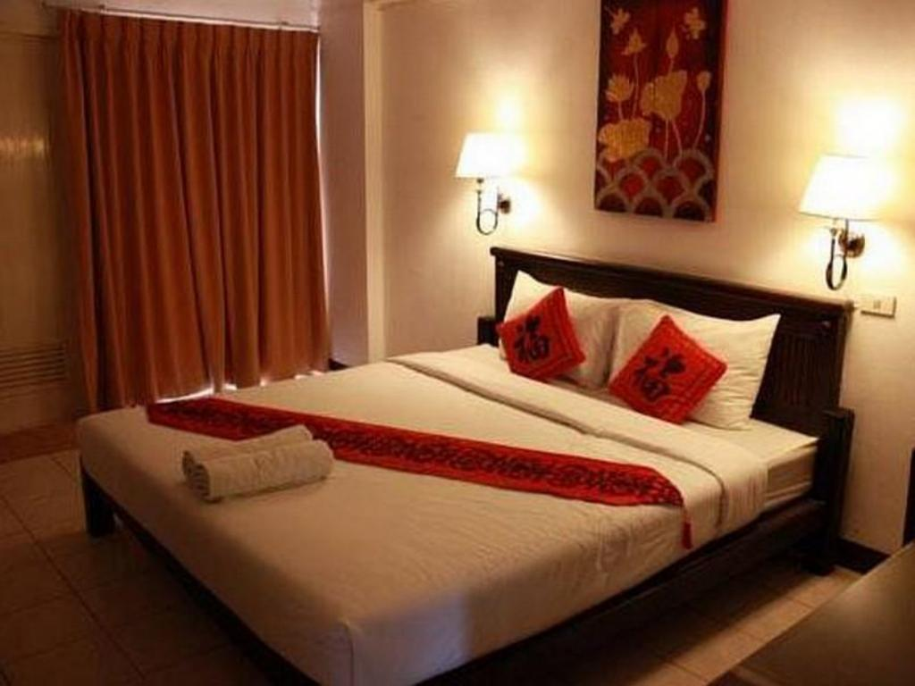 Superior - Bed Nawarat Resort and Service Apartment