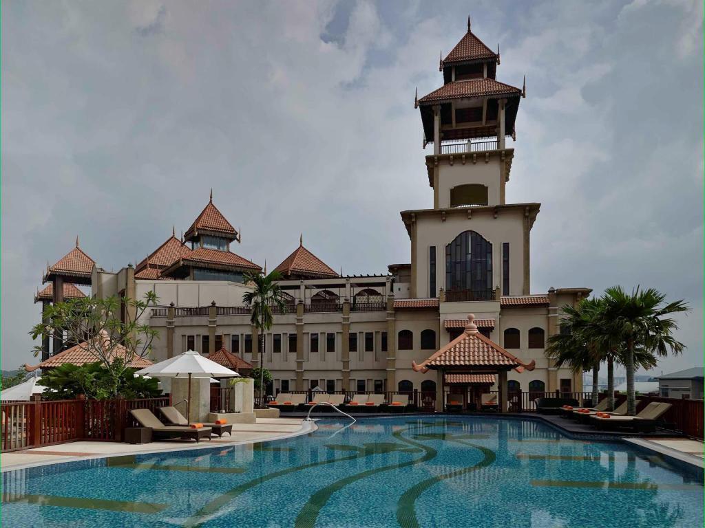 Best Price On Pullman Putrajaya Lakeside Hotel In Kuala Lumpur Reviews