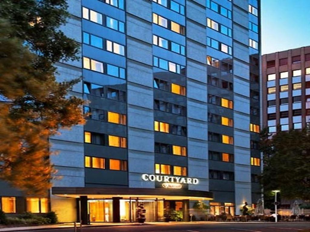 Stern Hotel Dusseldorf