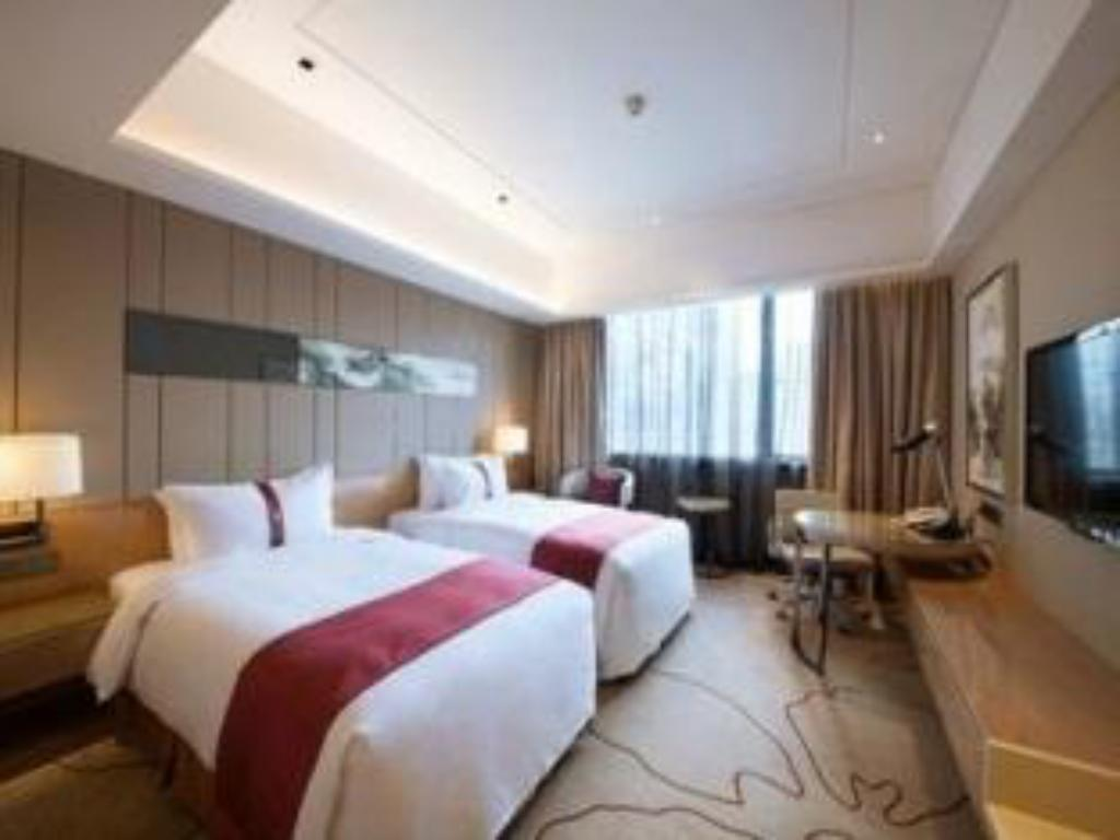 Deluxe Twin Bed - Guestroom Holiday Inn Chengdu Century City - East
